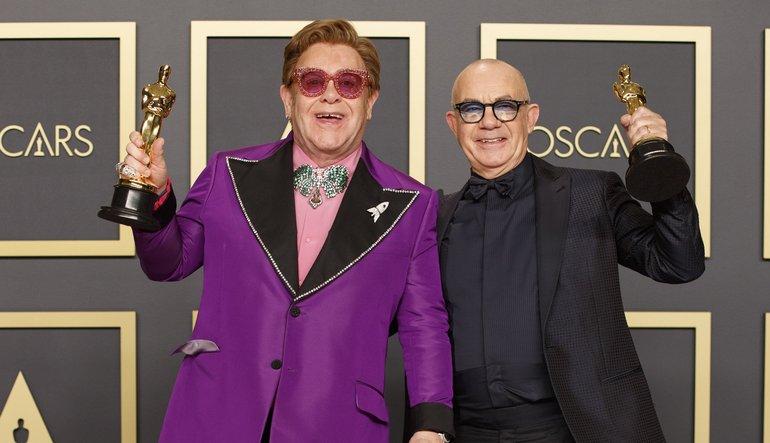 Elton John si Bernie Taupin
